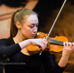 Julia Doornebosch playing Frank -Sonate